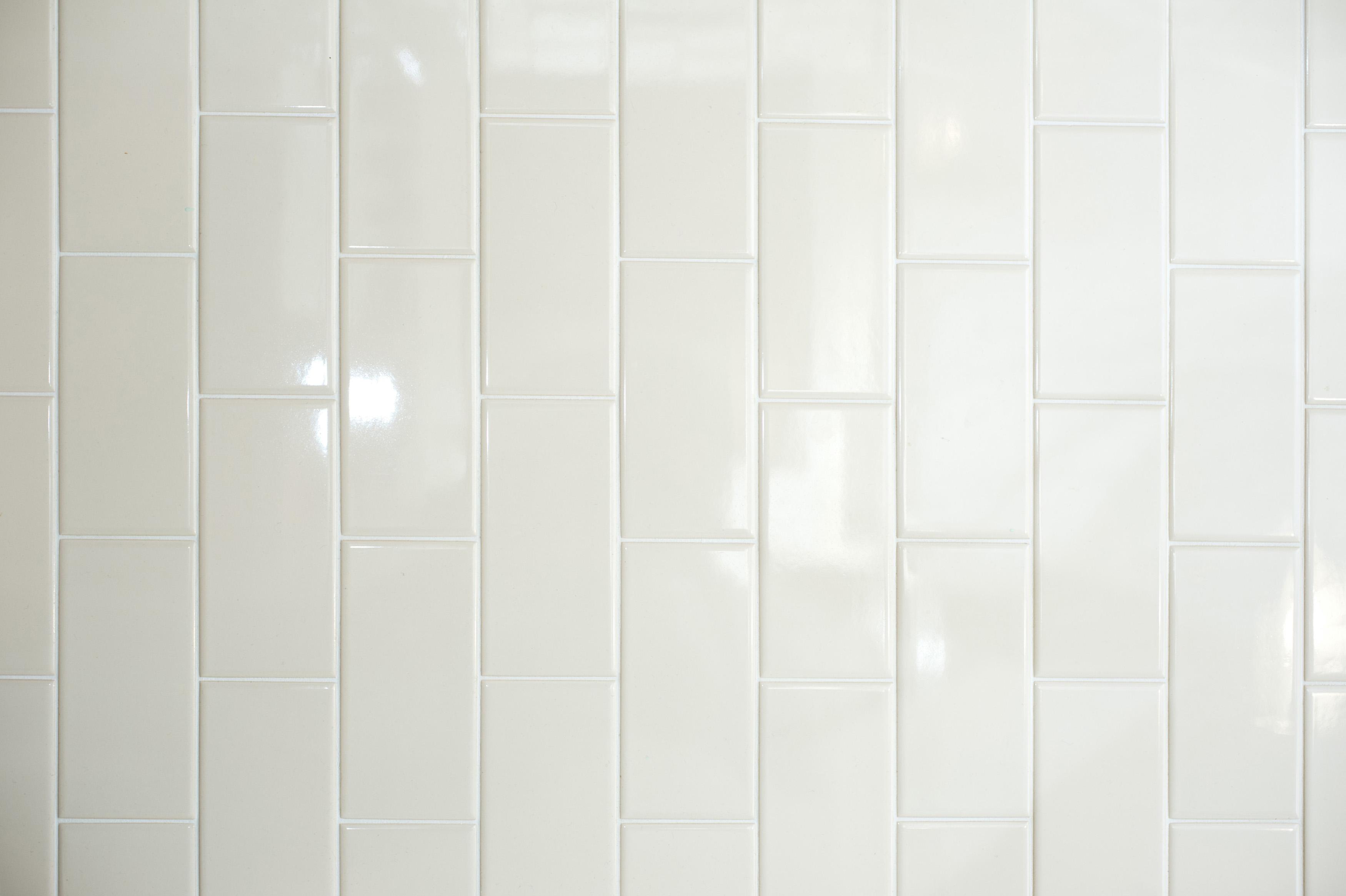 Free image of long white vertical tiles