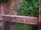 grafitti00021.jpg (296947 bytes)