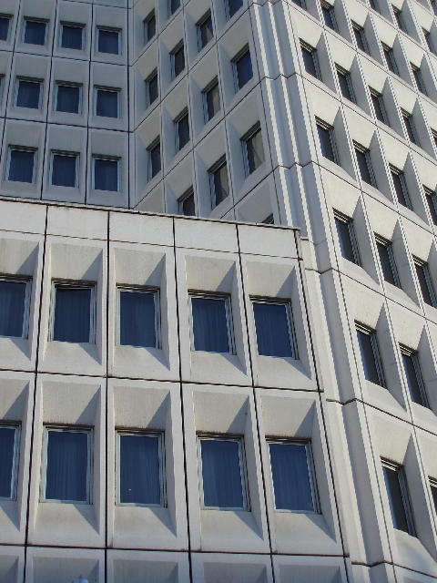 Concrete Building With Windows : Free image of tower block