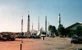 rockets1.jpg (638666 bytes)