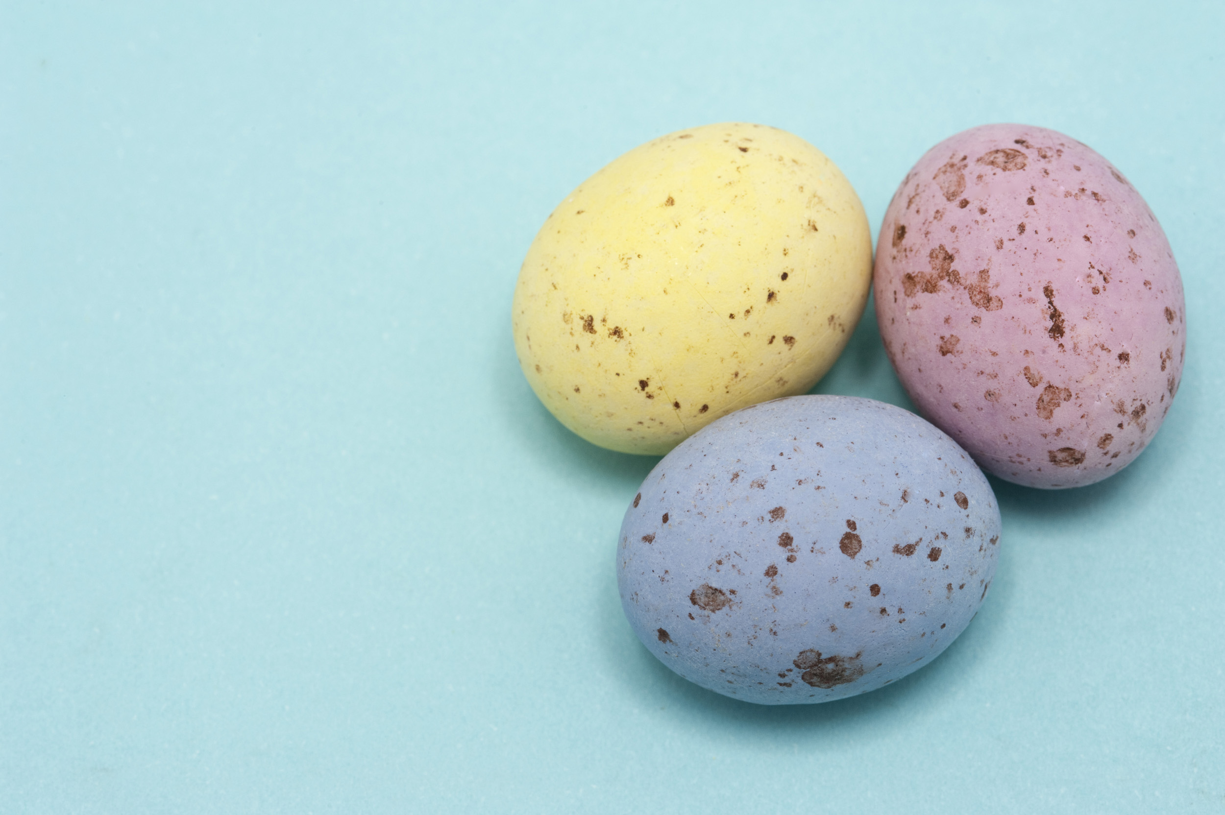 free image of pastel speckled easter eggs