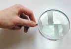 magnifierhand0007.jpg (539593 bytes)