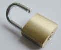 padlock0993.jpg (271810 bytes)