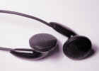 headphones4038.jpg (304085 bytes)