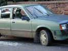 smashedcar3491.jpg (818906 bytes)