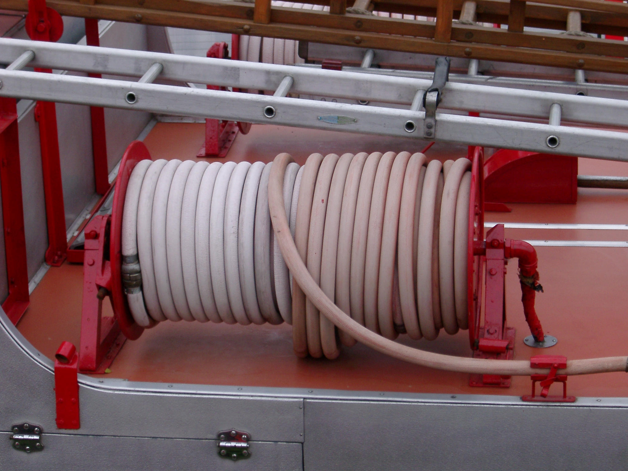 free image of fire hoses and ladder